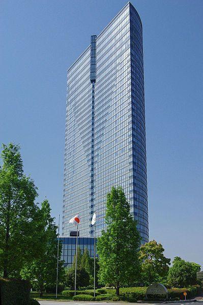 大津プリンスホテル(J oさん撮影、Wikimedia Commonsより)