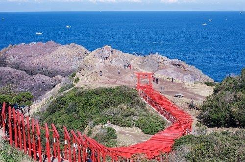 「元乃隅稲成神社」が名称変更(yuki5287さん撮影, Wikimedia Commonsより)