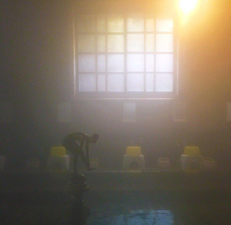 どこか幻想的な浴場に魅かれる