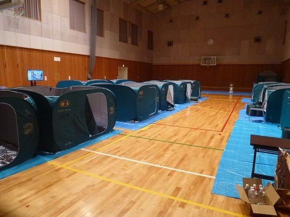 上田市内に設けられた避難所の内部(画像提供:上田市役所)