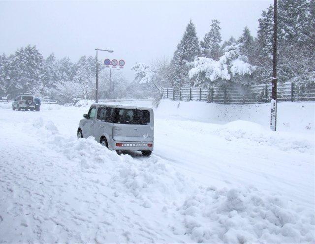 こんな道、運転したくない...(画像はイメージ)