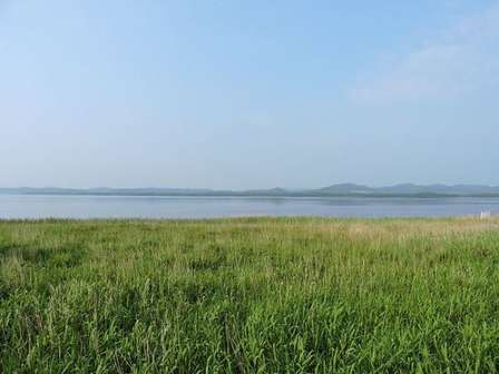 サロマ湖(ei ymさん撮影、Wikimedia Commonsより)