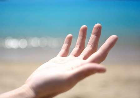 なぜ手のひらなの?(画像はイメージ)