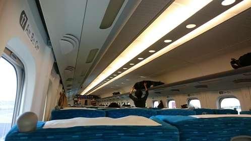 新幹線内で出会った、非常識な人…(画像はイメージ)