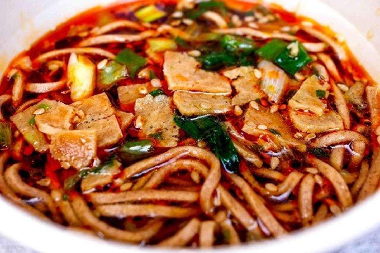 「港屋」カップ麺完成