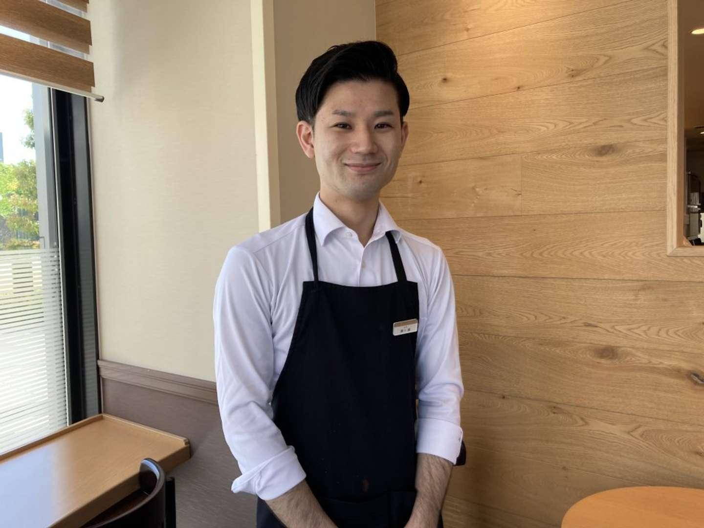 東新宿店・店長の厚ケ瀬舜さん