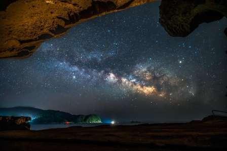 かつての「鬼の隠れ家」から、見上げる満天の星空 眩しすぎる天の川に反響