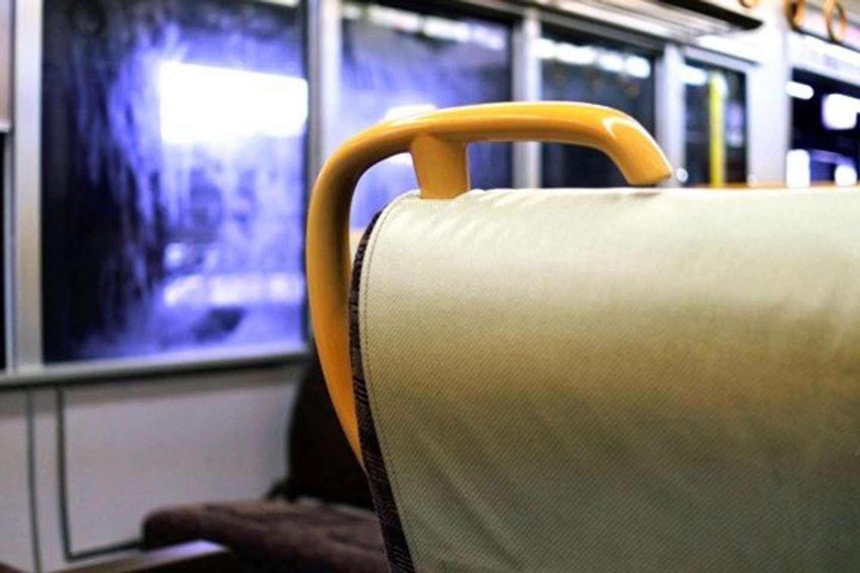 福島駅の列車で体験した「旅先いい話」(画像はイメージ)