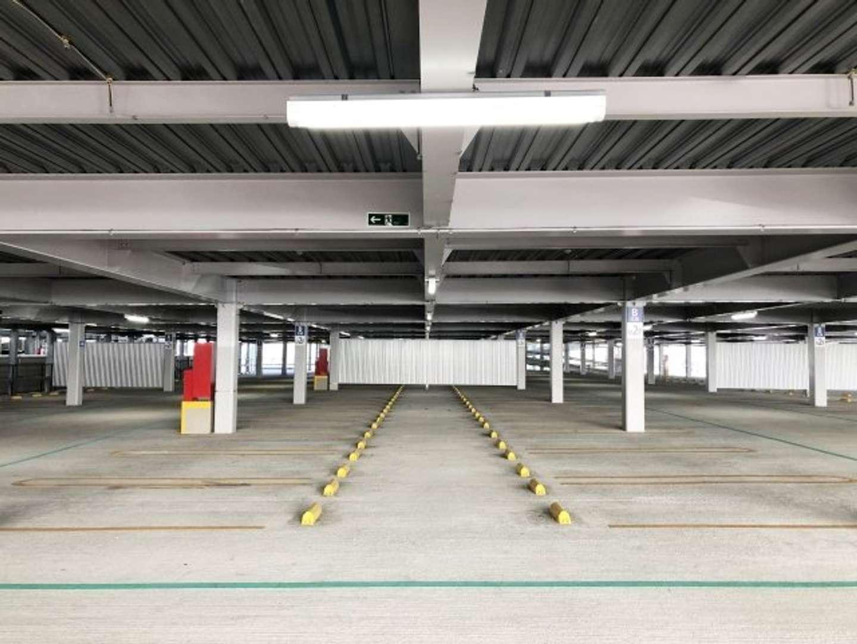 立体駐車場で...(画像はイメージ)
