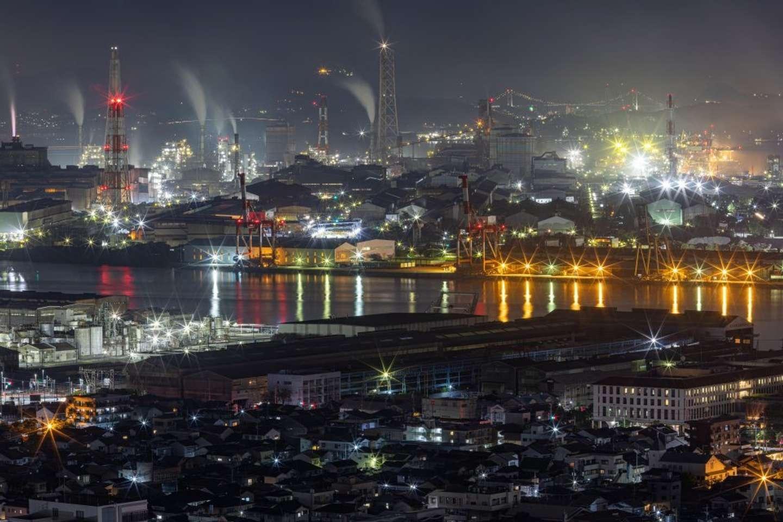 21時40分:戸次さん撮影の工場夜景。焦点距離150ミリ