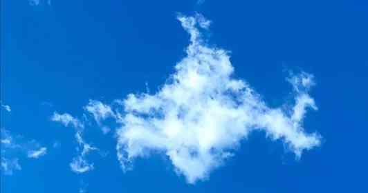 「がんばれ函館」 北海道上空に浮かんでいた、惜し過ぎる形の雲に声援
