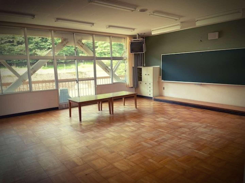 旧西藤原小学校(画像提供:「F.M.A」校長・近藤さん)