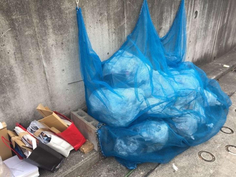 近所の主婦たちがやたらゴミ出しにダメ出ししてくる(画像はイメージ)