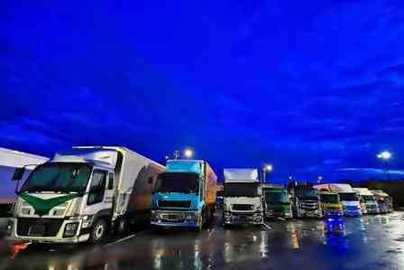 「トラックに荷物を積んでいたら、足に激痛。すると突然、知らない男性が荷台に乗ってきて...」(愛知県・50代女性)