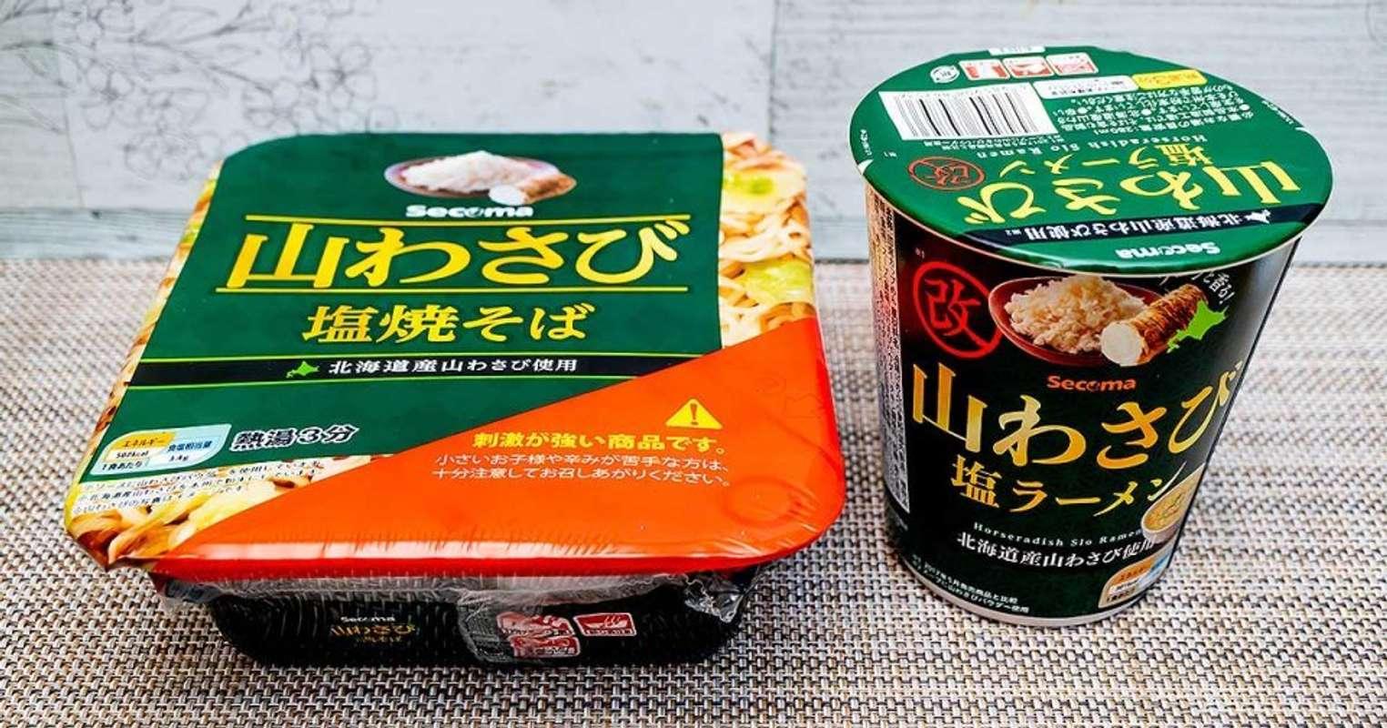 セイコーマート「山わさび塩焼そば」と「山わさび塩ラーメン」