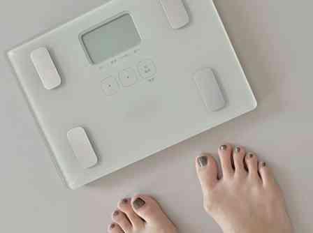 体重計、週に何回くらい乗ってる? 女性100人に聞いた結果は...