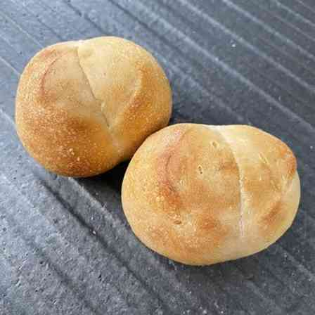 このパンの秘密って?(画像は麹パン工房PANチットのウェブサイトより)