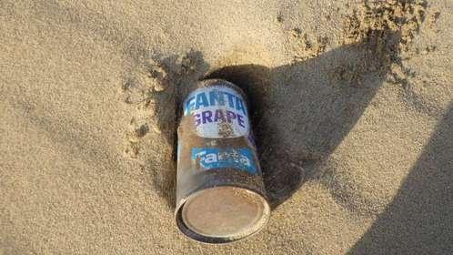 50年前の「ファンタ」空き缶が鳥取砂丘で出土→コカ・コーラ「責任を感じる」