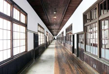 日本一なが~い廊下を「雑巾がけ」できる博物館が、愛媛にあった
